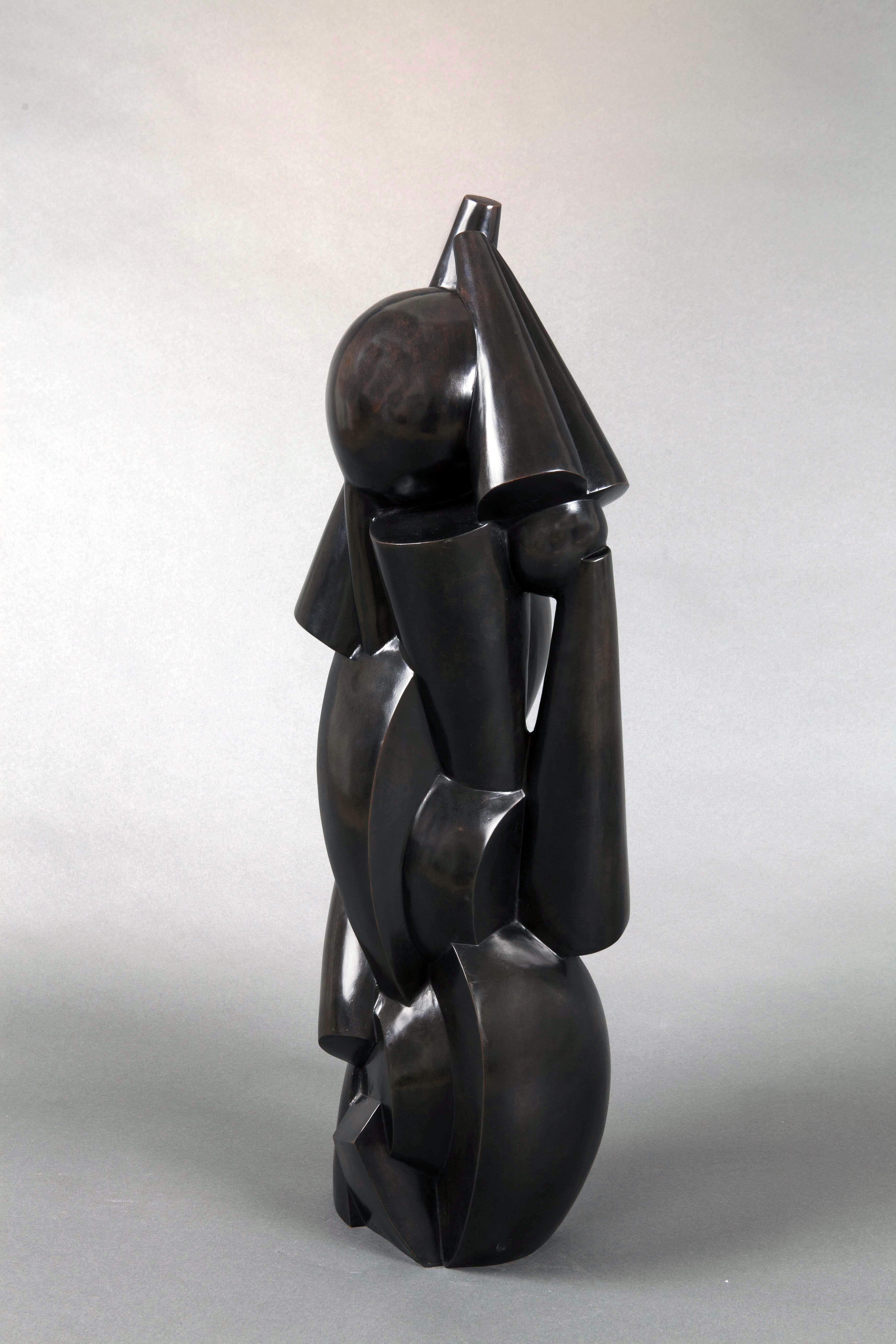 Josef Csaky - Enfant ou Composition cubiste (1920) Sculpture en bronze à patine noire Fonderie Blanchet, numérotée 1/8 Signée CSAKY et frappée du cartouche d'édition AC (Atelier Csaky) H. 80 x L. 21 x P. 20 cm © archives de l'expert
