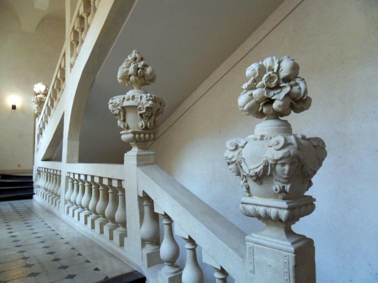 Escalier monumental en pierre © ufe