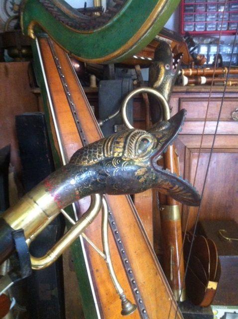 Pavillon en forme de tête de canard d'un Basson Rust, Collection Bissonnet